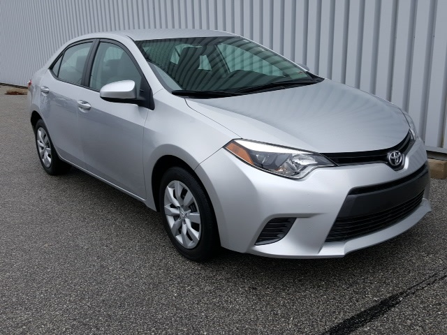 Pre Owned 2015 Toyota Corolla LE 4D Sedan in Columbia UC
